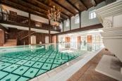 Schwimmbad vom GreenLine Hotel Schloss Stonsdorf in Jelena Gora/ Riesengebirge